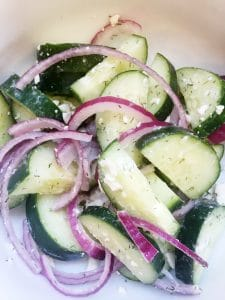 Cucumber Dill Salad: A Summer Side Dish!